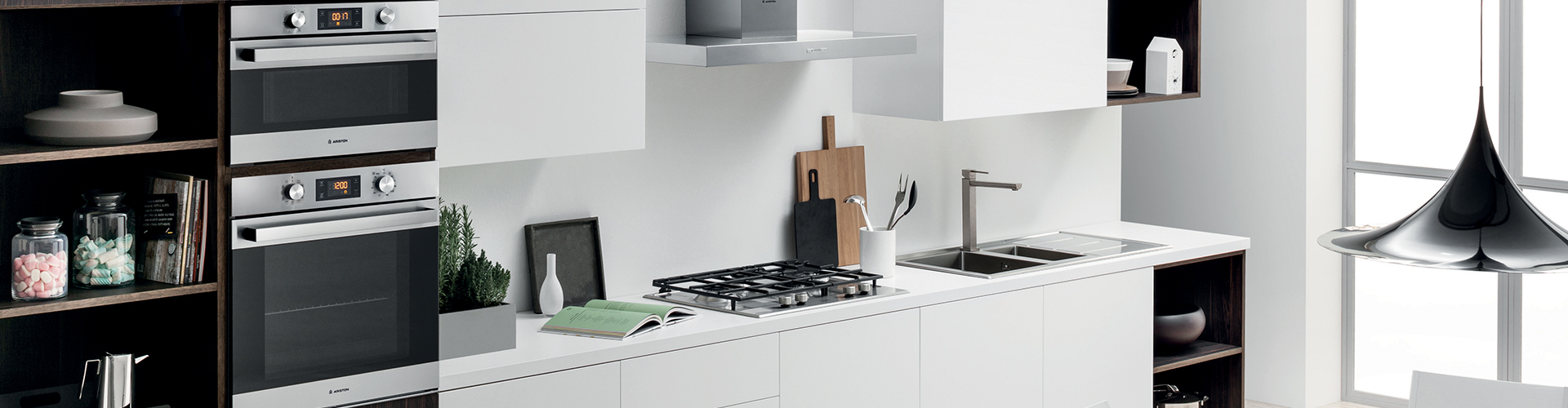 Ariston Display Kitchen with Cooktops, Rangehood and Built in Oven